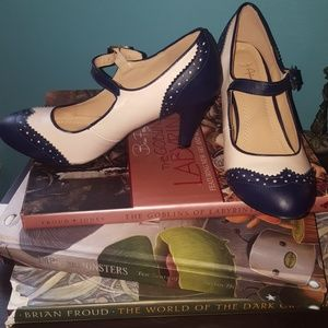 NWOT rockabilly navy shoes